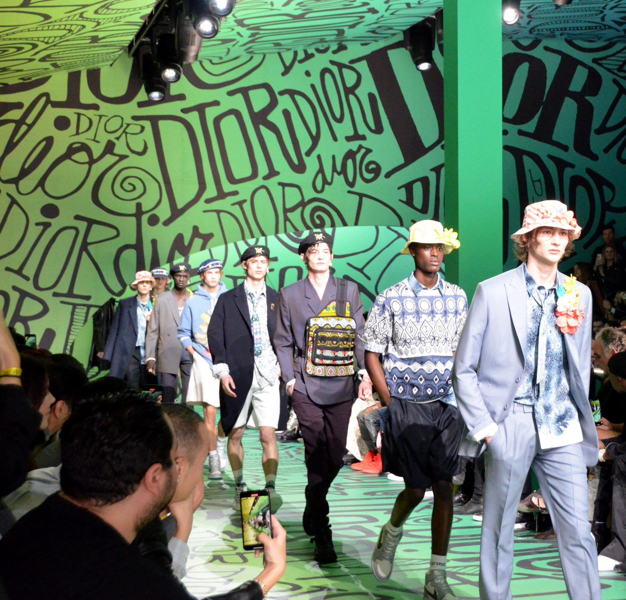 Postergan los desfiles de moda masculina en Milán