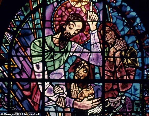 El arzobispo de Canterbury dice que la iglesia debería reconsiderar la imagen de Jesús como hombre blanco