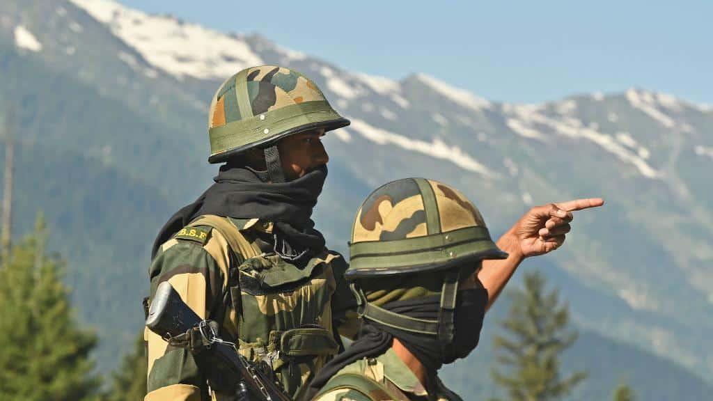 Mortal pelea con garrotes y piedras pone a India y China a las puertas de un grave conflicto