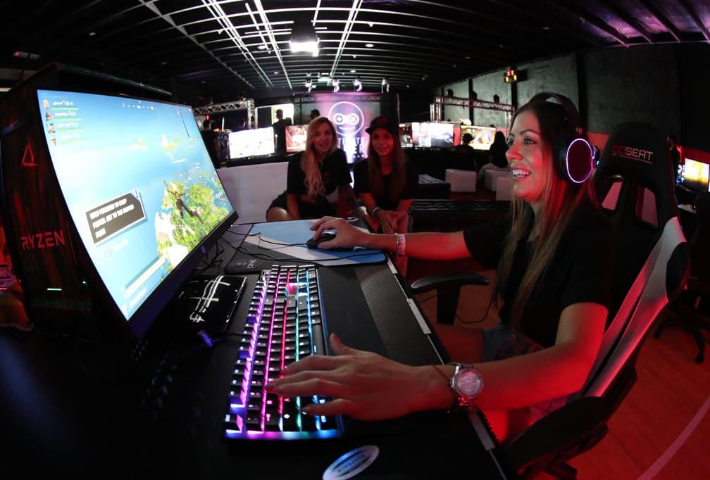 eSports: Medio millón de jugadores se han registrado ya en Ultimate Gamer