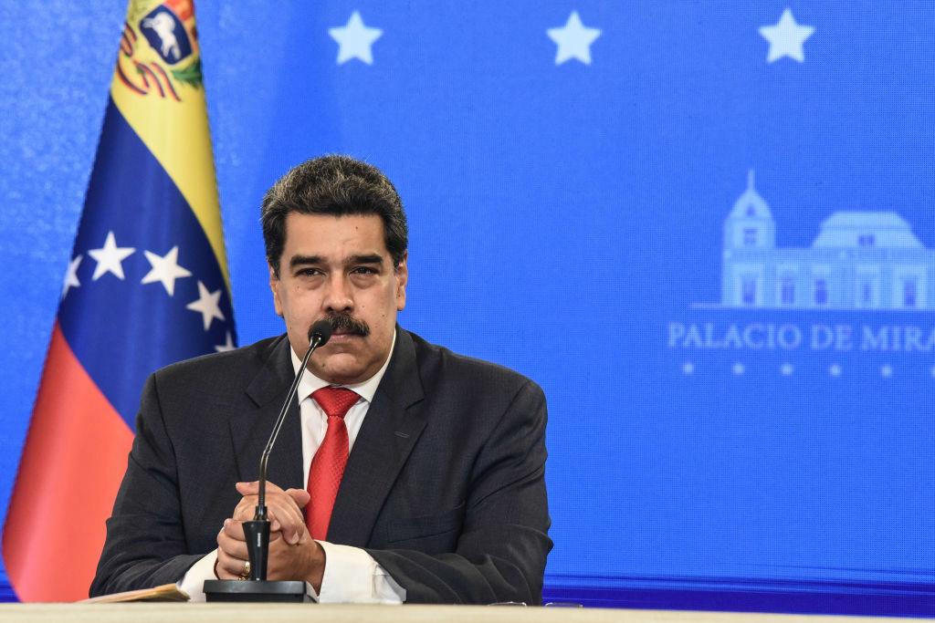 Maduro autoriza apertura de cuentas en divisas extranjeras en la banca local y anuncia digitalización de la economía