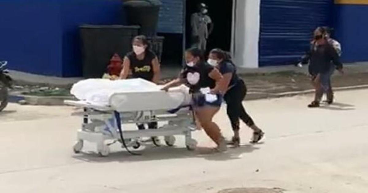 Familiares 'roban' cadáver de paciente que habría fallecido por covid-19 en un hospital